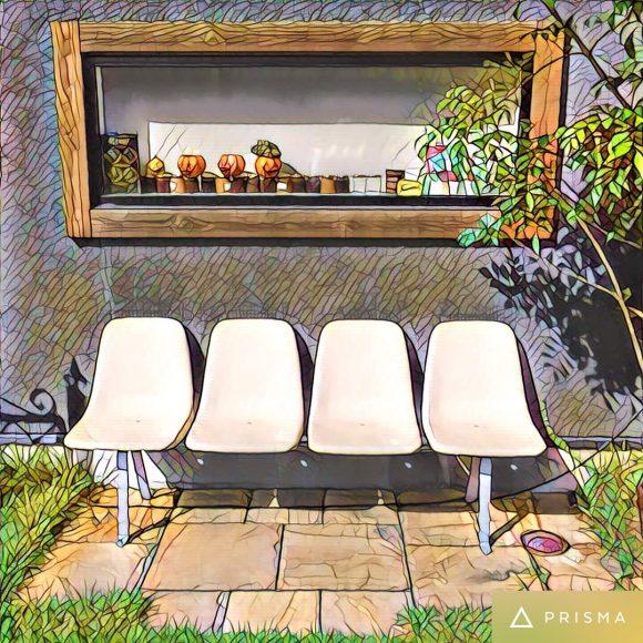 イームズのベンチ