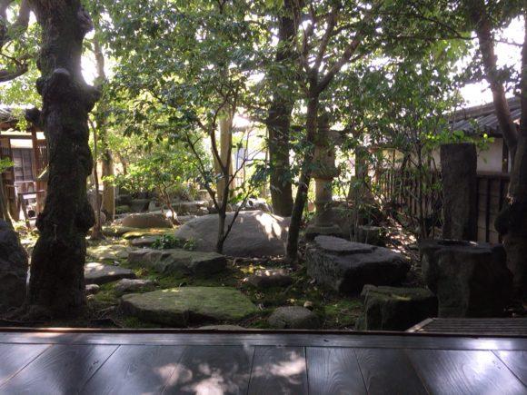 石原邸の庭
